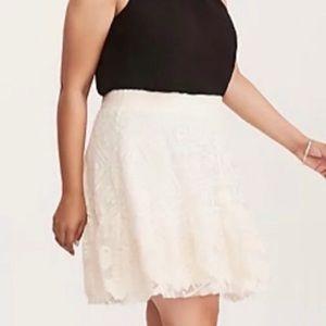 *TORRID* Ivory Lace Mesh Lined Skater Skirt - 1X